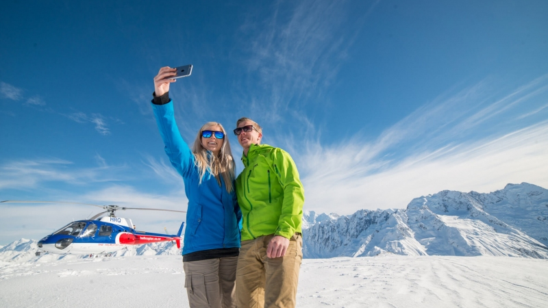 The Helicopter Line Mount Cook Snow Landing Selfie2
