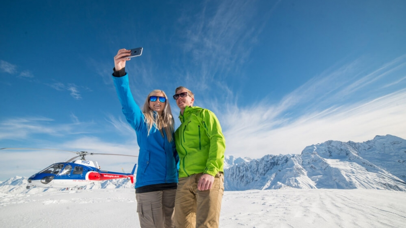 The Helicopter Line Mount Cook Snow Landing Selfie