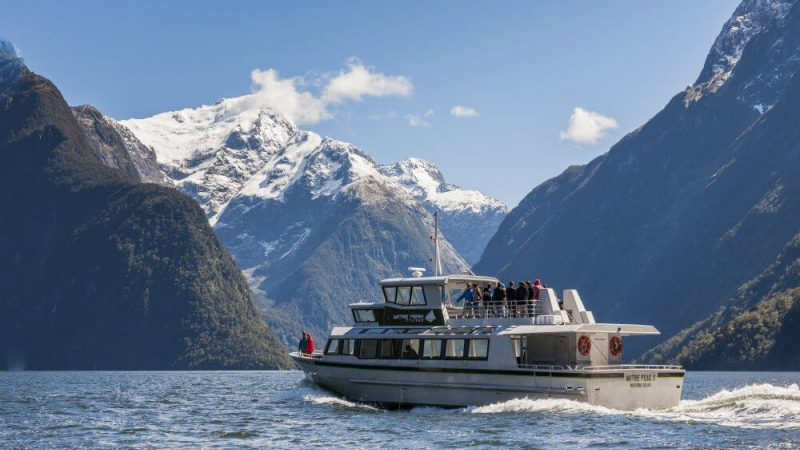 The Helicopter Line Milford Sound Cruise Mitre Peak Cruises